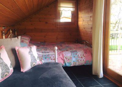 furnished mini lodge